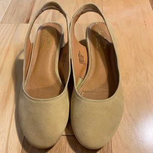 Seychelles camel colored suede slingback. 6.5